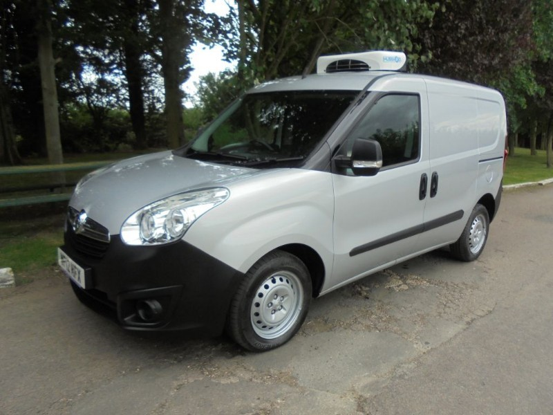 used Vauxhall Combo 2000 L1H1 CDTI S/S ECOFLEX in chelmsford-essex