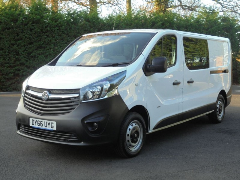 used Vauxhall Vivaro 2900 L2H1 CDTI DCB in chelmsford-essex