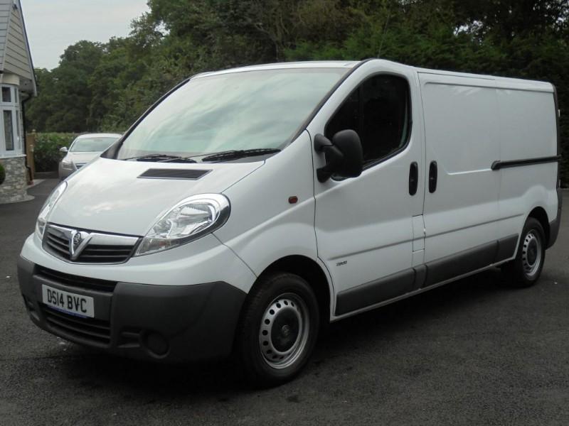 used Vauxhall Vivaro 2900 CDTI in chelmsford-essex