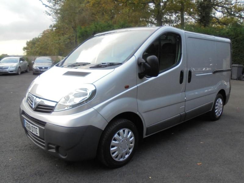 used Vauxhall Vivaro 2700 CDTI in chelmsford-essex