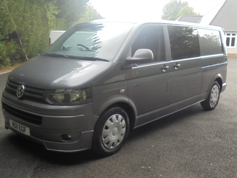 used VW Transporter T32 2.0 180 LWB DSG in chelmsford-essex
