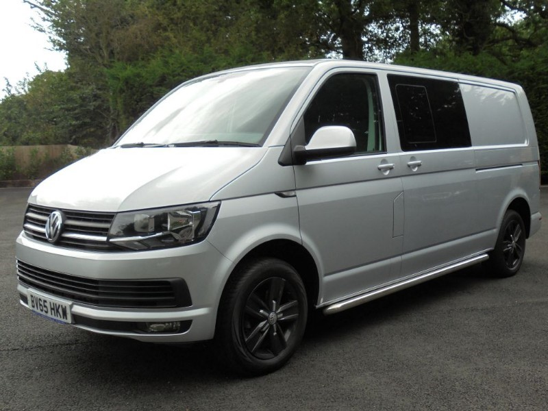 used VW Transporter T32 TDI KOMBI HIGHLINE BMT in chelmsford-essex