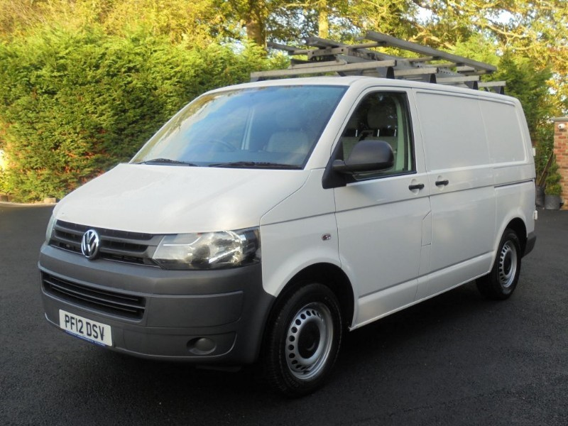 used VW Transporter T28 TDI BLUEMOTION TECHNOLOGY in chelmsford-essex