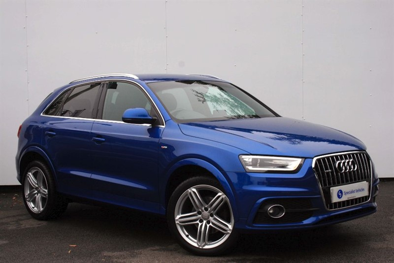 "used Audi Q3 2.0TDi QUATTRO S-Line (177)~SAT NAV~HALF LEATHER~19"" ALLOYS~CRUISE~BOSE~PDC in plymouth-devon"