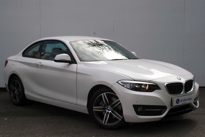 """used BMW 220i Sport ~ 17"""" ALLOYS ~ PARK DISTANCE CONTROL ~ CORAL RED LEATHER in plymouth-devon"""
