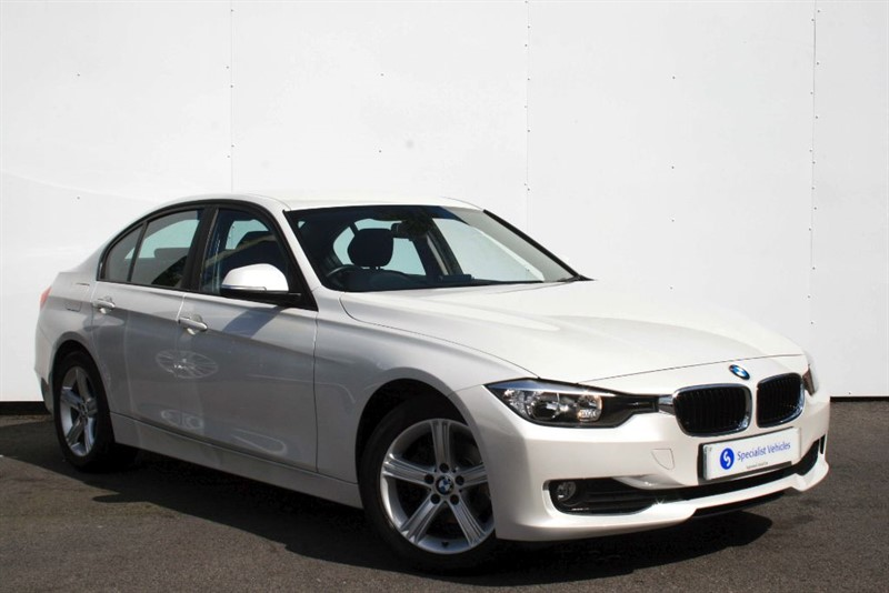 used BMW 318d SE ~ COMFORT PACKAGE~BLUETOOTH~USB~CRUISE~PDC~ONLY £30 ROAD TAX~BMW HISTORY in plymouth-devon