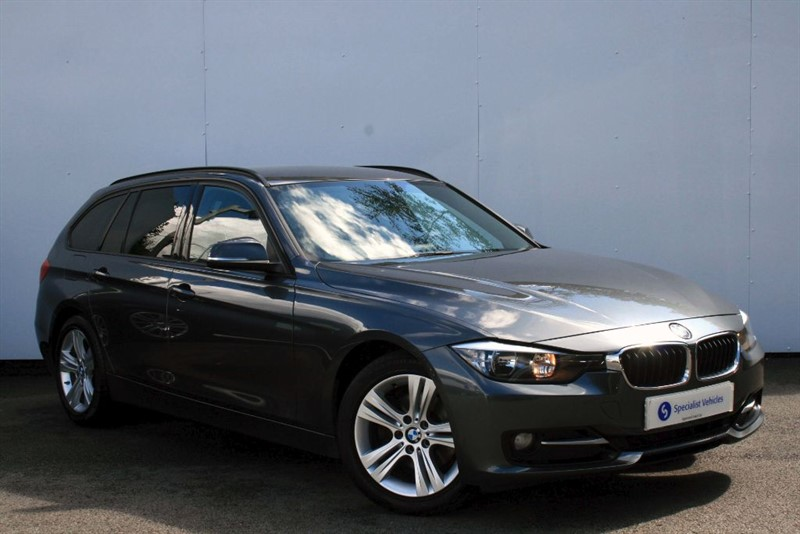 used BMW 320d Sport Touring ~ POWER TAILGATE~MIRROR PACK~PRIVACY GLASS~BLUETOOTH~USB~PDC in plymouth-devon
