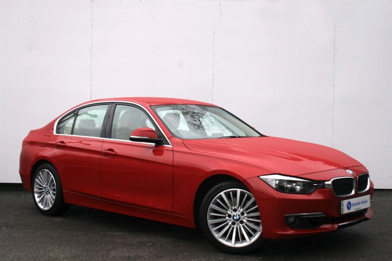 """used BMW 330d Luxury - FULL LEATHER~18"""" ALLOYS~PADDLE SHIFT~CRUISE CONTROL~BLUETOOTH~PDC in plymouth-devon"""