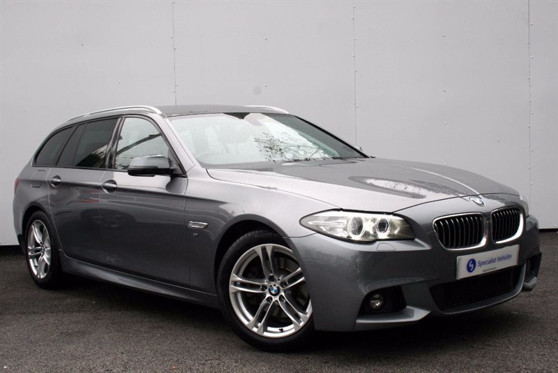 """used BMW 520d M Sport Touring~SAT NAV~HEATED LEATHER~18""""s~AUTO TAILGATE~PDC~PRIVACY GLASS in plymouth-devon"""