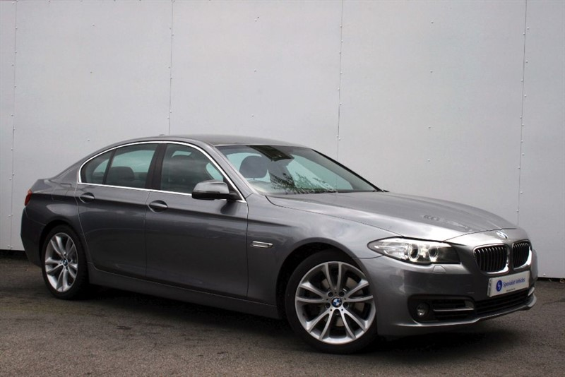 "used BMW 520d SE ~ SAT NAV~HEATED LEATHER~19""s~BLUETOOTH~DAB~CRUISE~PDC~FULL BMW HISTORY in plymouth-devon"