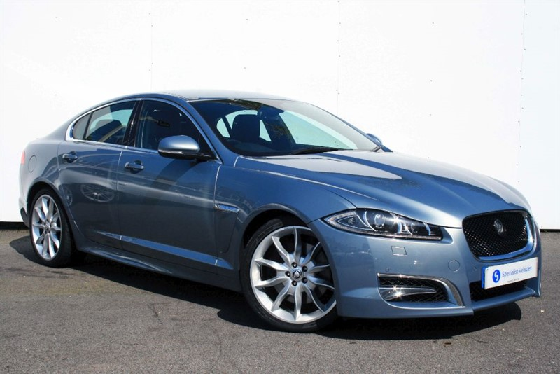 "used Jaguar XF 3.0d V6 S Premium Luxury ~SAT NAV~HEATED/COOLING LEATHER~20"" ALLOYS~REV CAM in plymouth-devon"