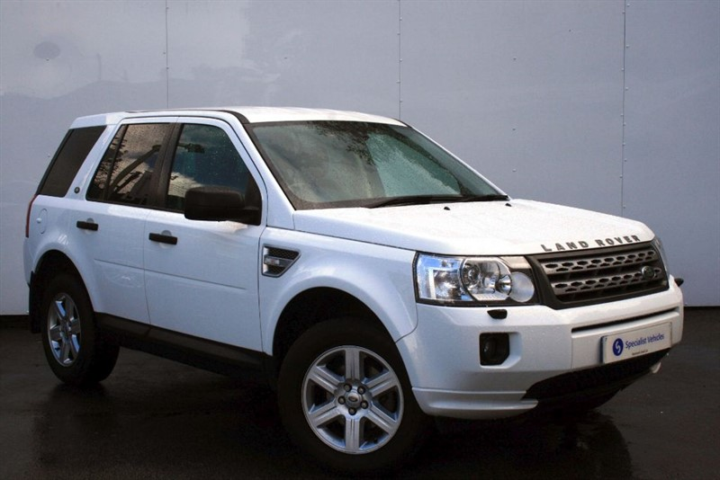 used Land Rover Freelander 2.2 TD4 GS ~ CLEARVIEW PACK~ALPINE SOUND~BLUETOOTH~CRUISE~PDC~POWER MIRRORS in plymouth-devon