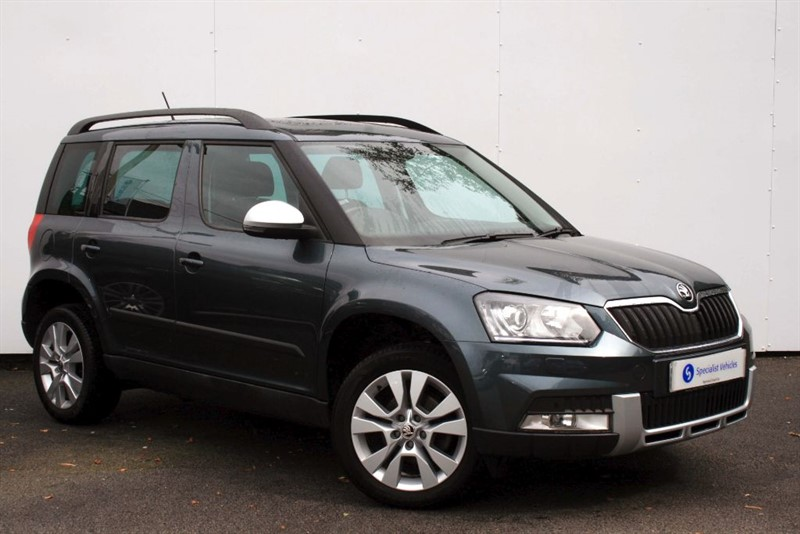 used Skoda Yeti Outdoor 2.0 TDi SCR SE L ~ SAT NAV~HEATED LEATHER~PAN ROOF~CRUISE~F&R PDC in plymouth-devon