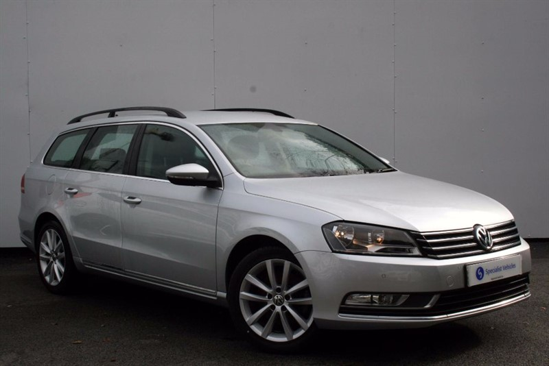 used VW Passat 2.0 TDi BM Tech Executive ~SATELLITE NAVIGATION~HEATED LEATHER~PDC~£30 TAX in plymouth-devon