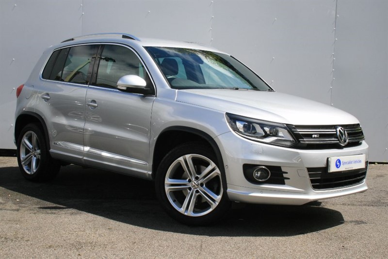 used VW Tiguan 2.0TDi BlueMotion Tech R-Line~177bhp~SAT NAV~HEATED SEATS~BLUETOOTH~DAB~PDC in plymouth-devon