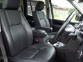 Image 8 of Land Rover Discovery