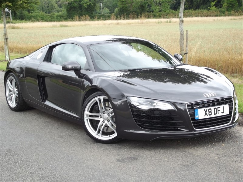 used Audi R8 QUATTRO - VERY LOW MILES - IMMACULATE CAR in oxfordshire