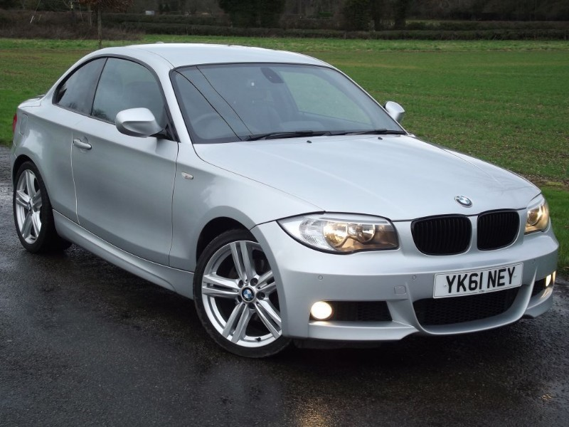 used BMW 125i M SPORT - HEATED LEATHER - SAT NAV - LOW MILES in oxfordshire