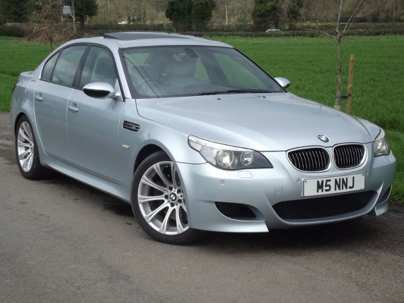 used BMW M5 500 BHP SUPER SALOON - HUGE SPEC - HEATED/VENTILATED SEATS in oxfordshire