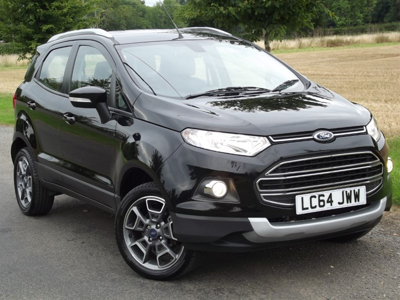 used Ford EcoSport TITANIUM X-PACK - FULL LEATHER - LOW MILES in oxfordshire