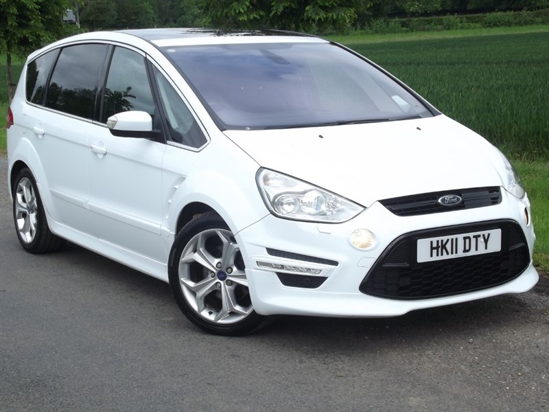 used Ford S-Max TITANIUM X SPORT TDCI - MASSIVE SPEC - REAR TV/DVD in oxfordshire