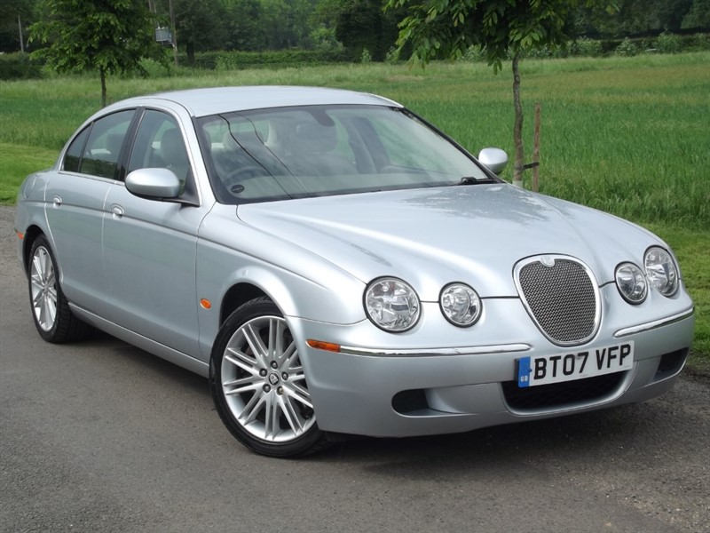 used Jaguar S-Type D SE - LOW MILEAGE - IMMACULATE CAR in oxfordshire