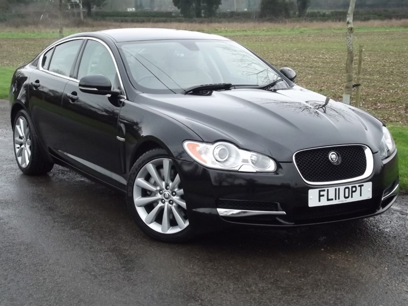 used Jaguar XF V6 S LUXURY - 1 OWNER - SUPER LOW MILES in oxfordshire