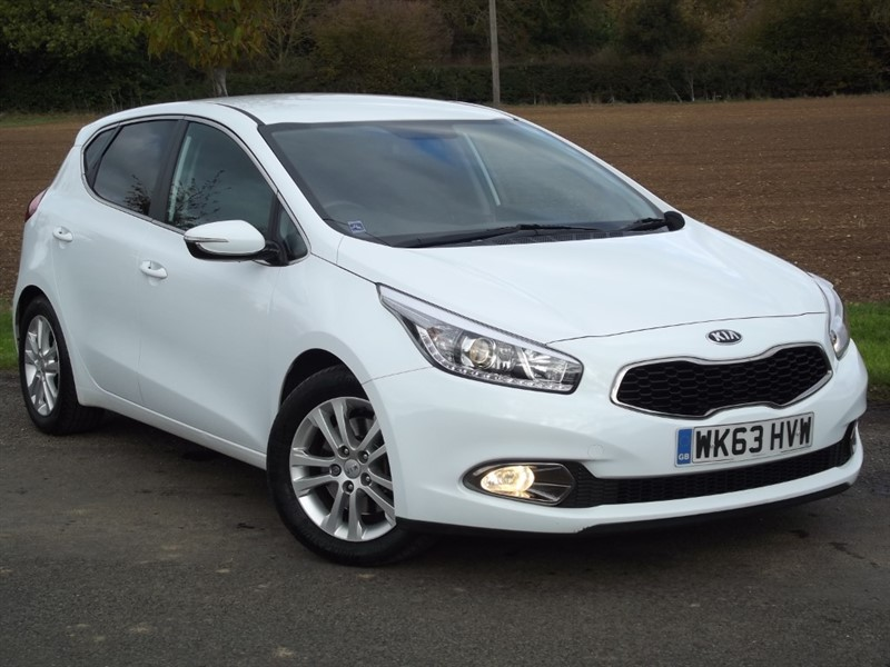 used Kia Ceed CRDI 2 ECODYNAMICS - PRIVACY GLASS - 1OWNER in oxfordshire