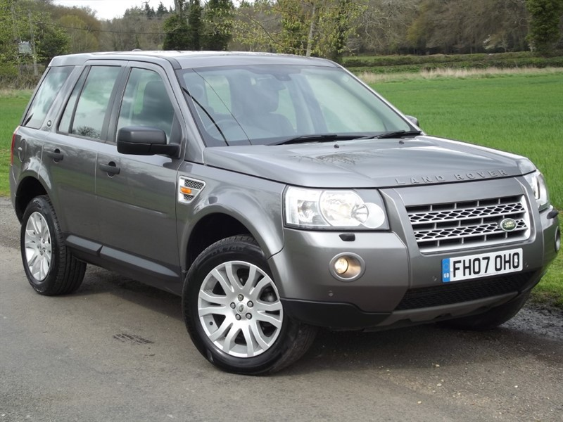 used Land Rover Freelander TD4 HSE - VERY CLEAN STRAIGHT EXAMPLE in oxfordshire