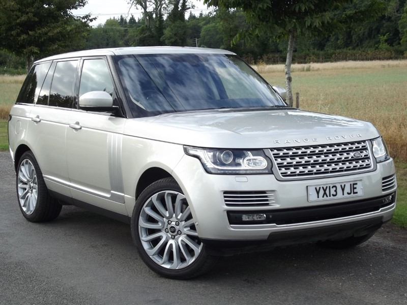 used Land Rover Range Rover SDV8 AUTOBIOGRAPHY - 2 YEAR RAC WARRANTY in oxfordshire