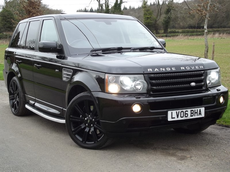 used Land Rover Range Rover Sport V8 SUPERCHARGED - MASSIVE SPEC - REAR DVD in oxfordshire
