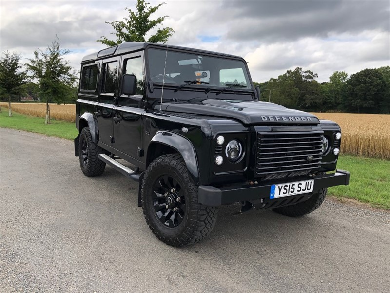 used Land Rover Defender TD XS STATION WAGON - VERY RARE BEAST in oxfordshire