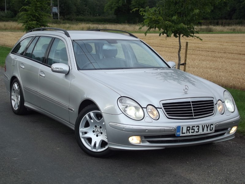 used Mercedes E320 CDI AVANTGARDE - 1OWNER - 7 SEATS in oxfordshire