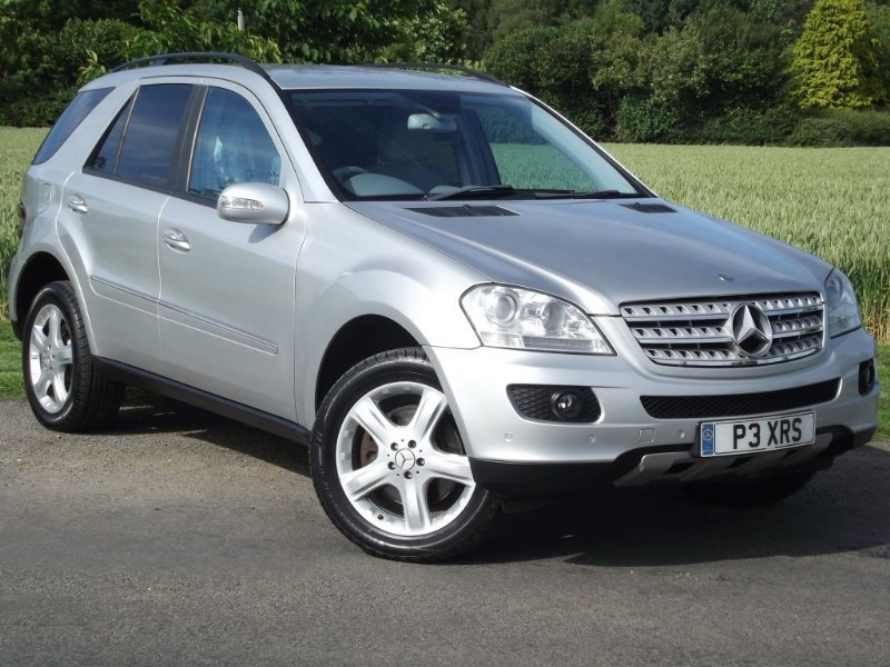 """used Mercedes ML500 SPORT - 19"""" ALLOYS - COMAND SAT NAV - HEATED SEATS in oxfordshire"""