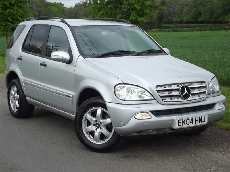 used Mercedes ML270 CDI INSPIRATION - HEATED LEATHER - PRIVACY GLASS in oxfordshire