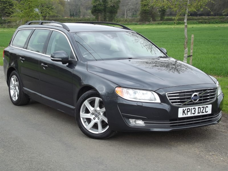 used Volvo V70 D2 SE NAV - IMMACULATE EXAMPLE in oxfordshire