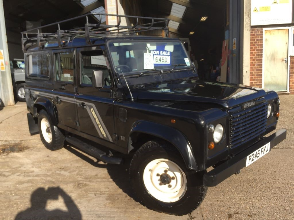 sale rover land cav vehicle defender php armoured