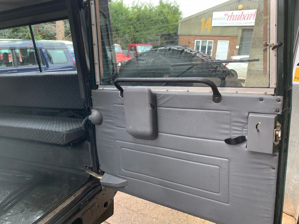 Used Land Rover Defender For Sale Walton Motors Air Conditioning Awaiting Images