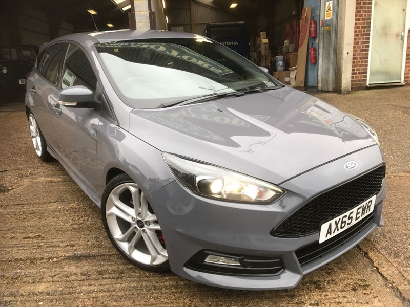 used Ford Focus ST-3 TDCI in cranleigh-surrey