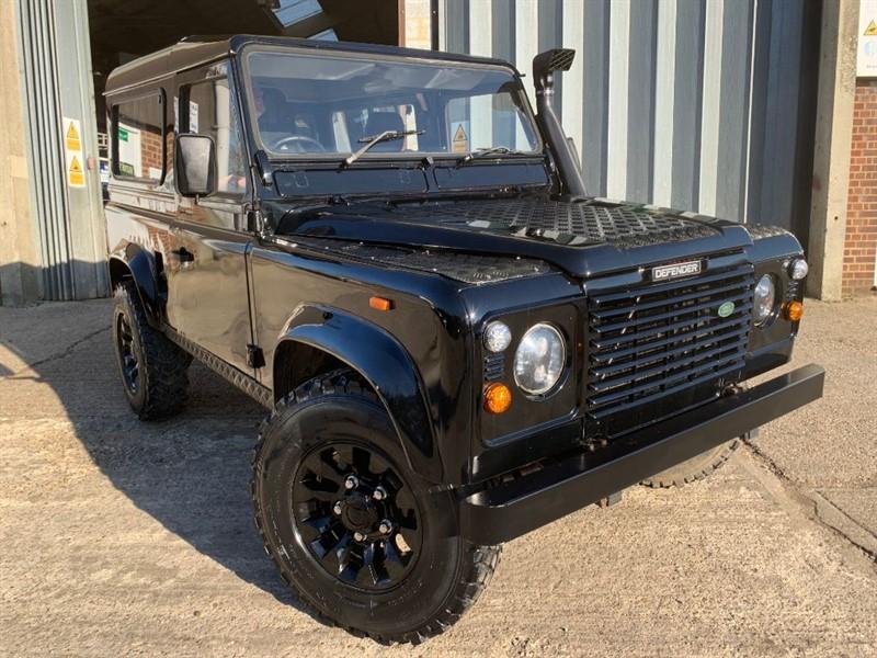 used Land Rover Defender 90 TDI **U.S.A EXPORTABLE** in cranleigh-surrey