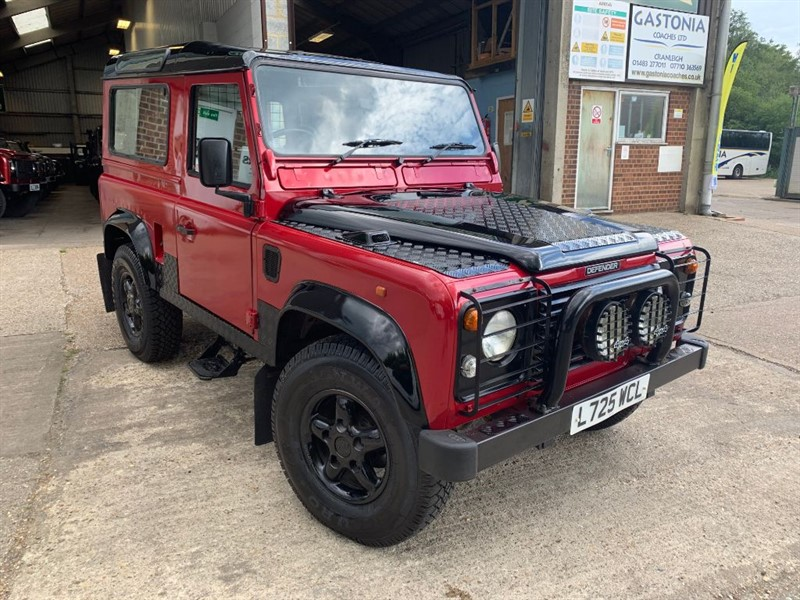 used Land Rover Defender 90 COUNTY SW TDI **300TDI U.S.A EXPORTABLE** in cranleigh-surrey