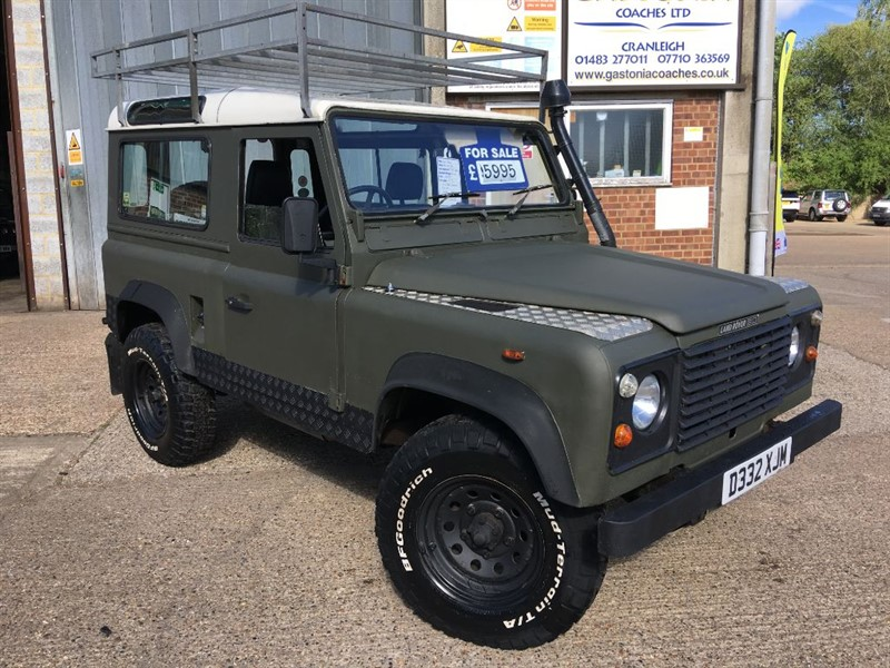 used Land Rover Defender 90 200 tdi s/wagon with pas in cranleigh-surrey