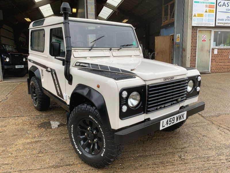 used Land Rover Defender 90 TDI** USA EXPORTABLE** in cranleigh-surrey
