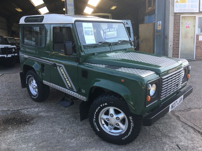 used Land Rover Defender 90 300 tdi genuine county station wagon lez compliant in cranleigh-surrey