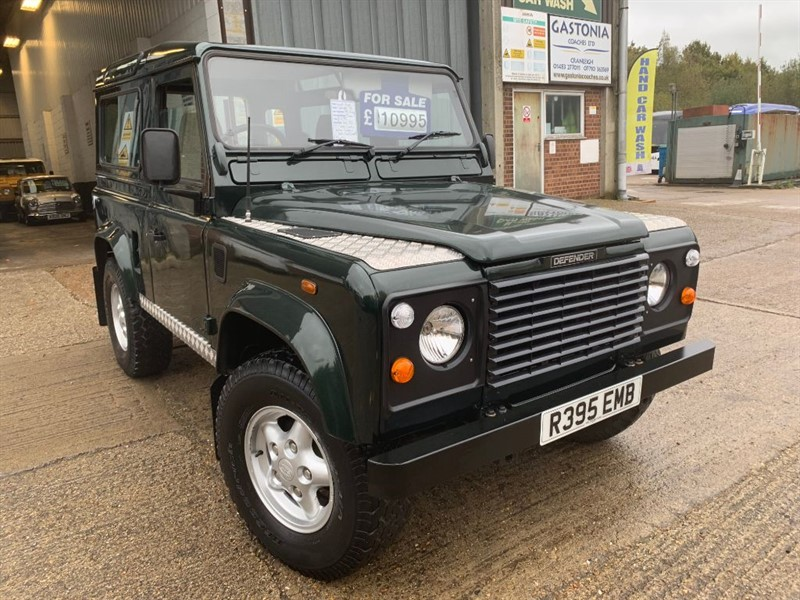 used Land Rover Defender 90 COUNTY TDI **ONLY 93,000 MILES** in cranleigh-surrey