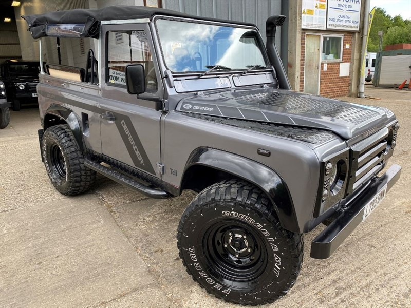 used Land Rover Defender 90 200 TDI SOFT TOP U.S.A EXPOTABALE in cranleigh-surrey