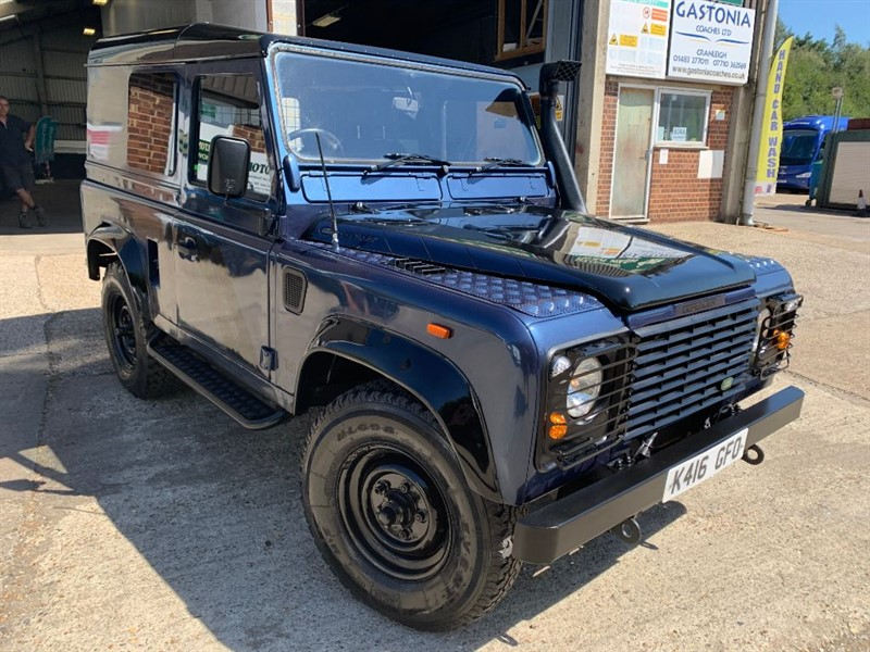 used Land Rover Defender 90 200TDI STATION WAGON **U.S.A EXPORTABLE** in cranleigh-surrey