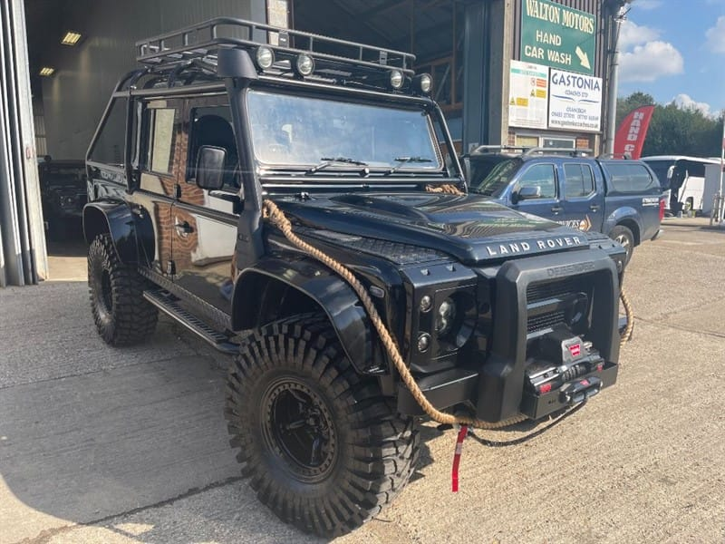used Land Rover Defender 110 TDCI COUNTY DCB **SPECTRE EDITION** ONLY 47,000 MILES** in cranleigh-surrey