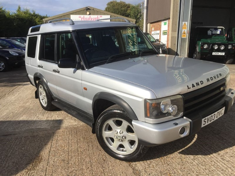 used Land Rover Discovery td5 manual 7 seater in cranleigh-surrey