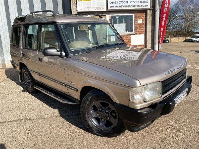 used Land Rover Discovery 3.9 V8 ES AUTO PREMUIM ONLY 93000 MILES in cranleigh-surrey